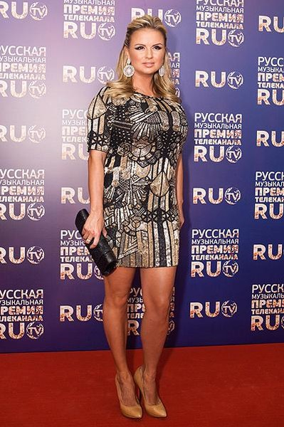 Анна Семенович на премии ru.tv 2013