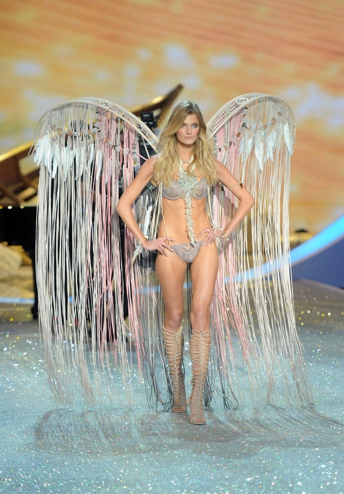 Показ Victoria's Secret Fashion Show 2013