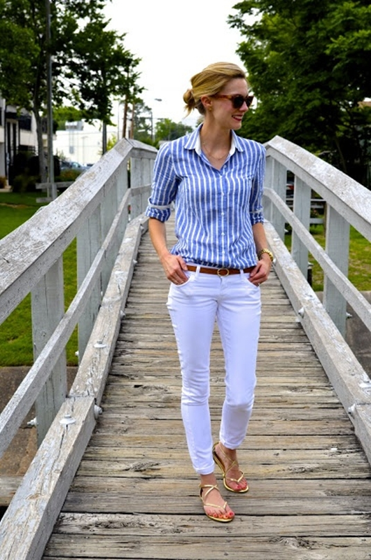 Белые джинсы в деловом стиле