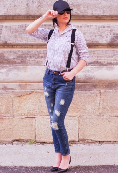 Как носить рубашку с джинсами?