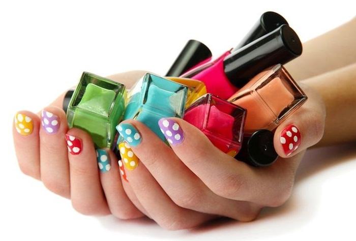 Какие купить лаки для ногтей?
