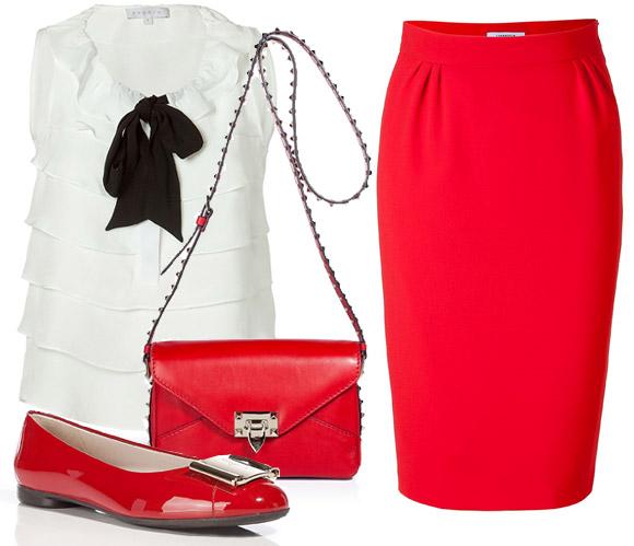 Красная юбка и обувь на плоской подошве