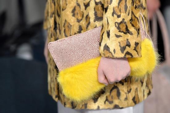 Меховая сумка с леопардовой шубой