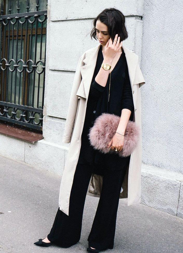 Пальто с меховой сумкой