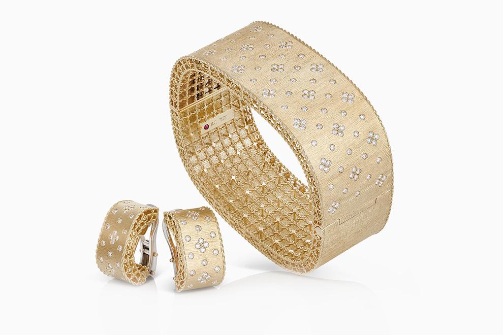 Золотой браслет и серьги от Roberto Coin