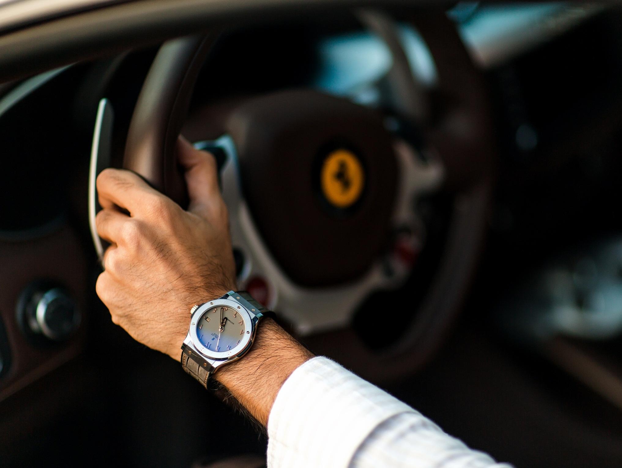 Как выбрать мужчине часы