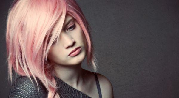 Модные оттенки розового для волос 2017