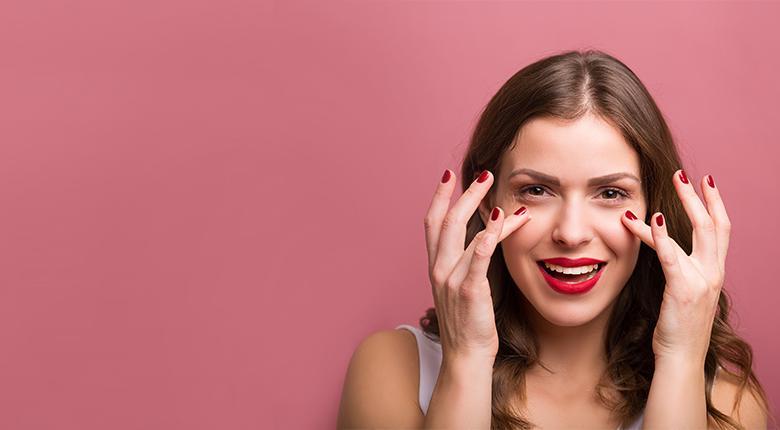 Важные правила ухода за кожей вокруг глаз
