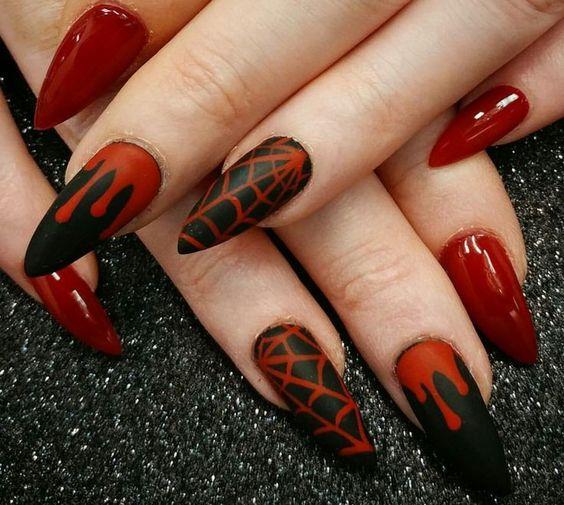 Красивый кровавый маникюр к Хэллоуину