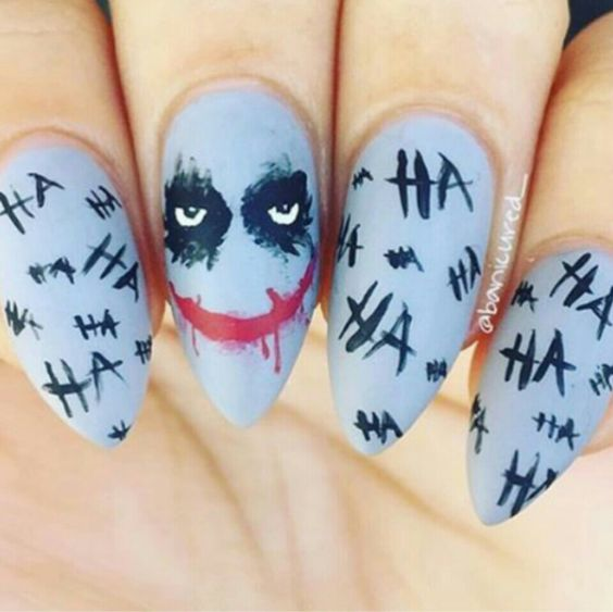 Маникюр с Джокером на Хэллоуин