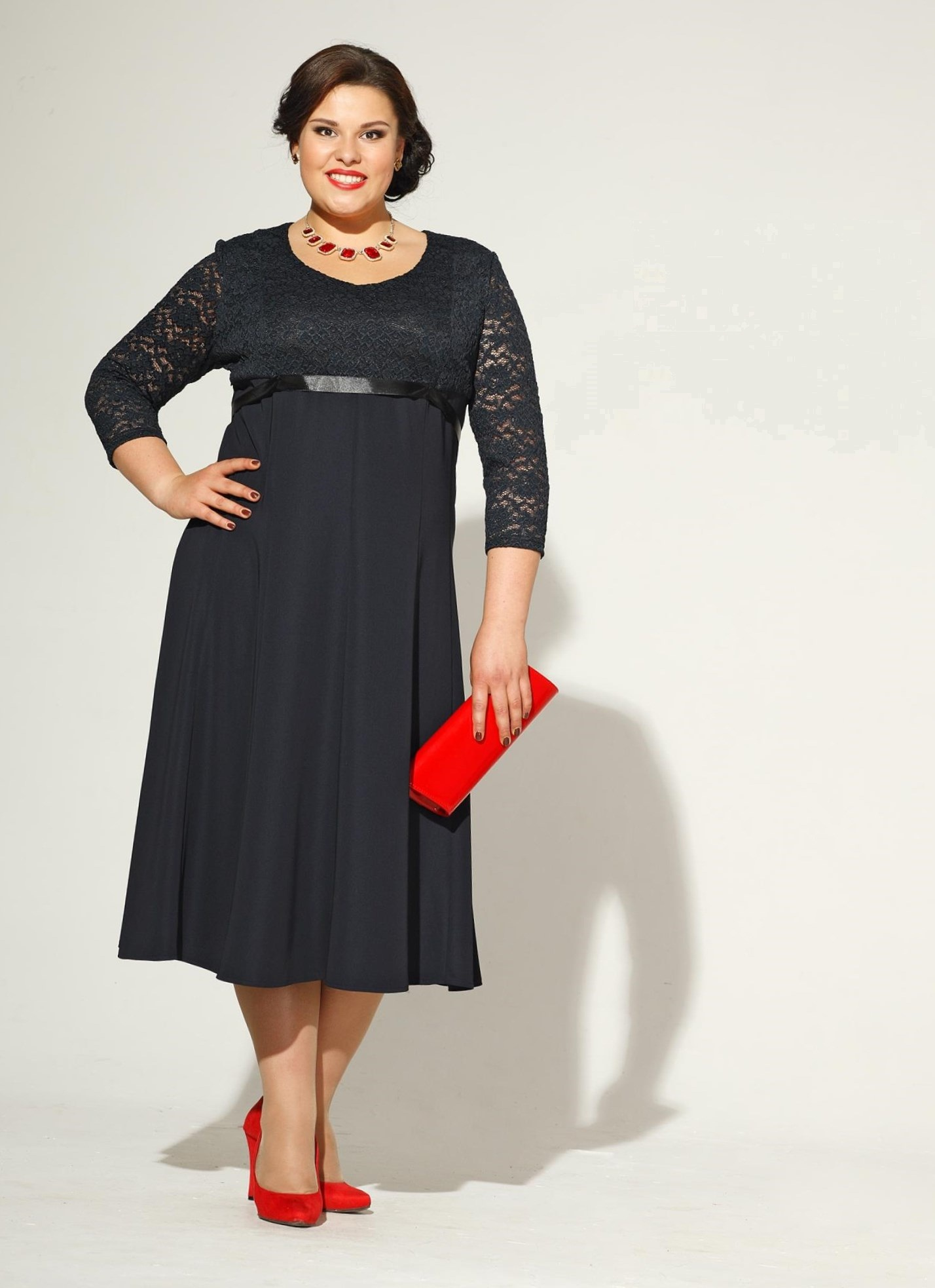Платья для дам