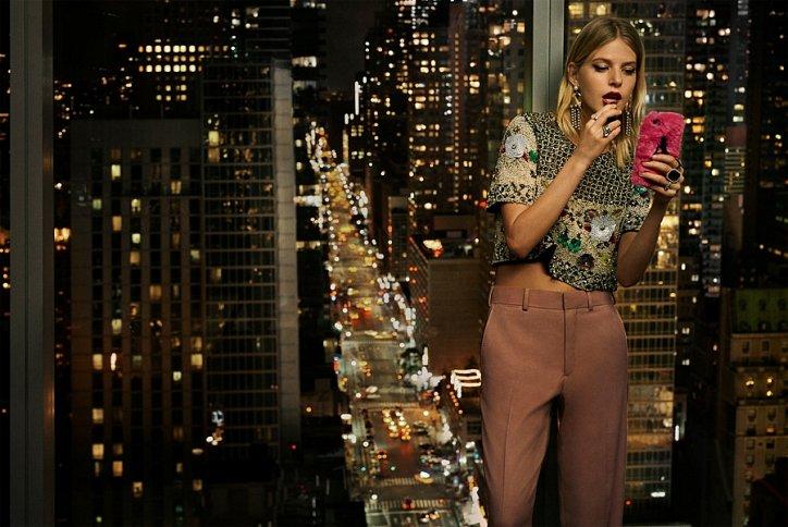 Розовые брюки Zara