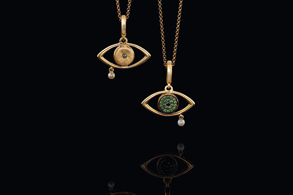 Золотой кулон в виде глаза