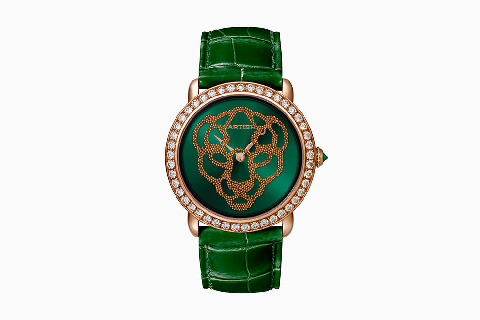 Женские часы с зеленым кожаным ремешком