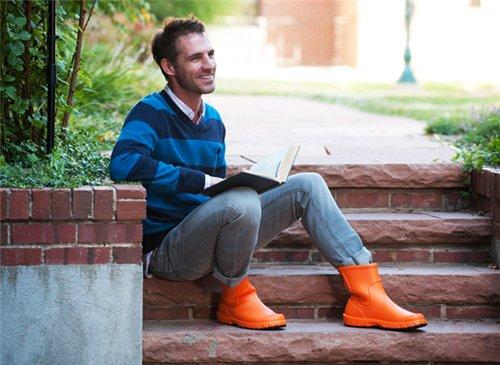 Мужские резиновые сапоги оранжевые