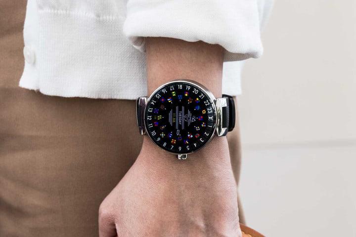 Наручные часы Louis Vuitton