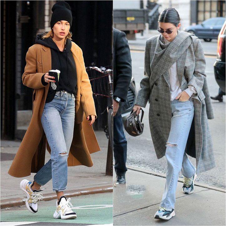 Сочетание кроссовок с пальто фото