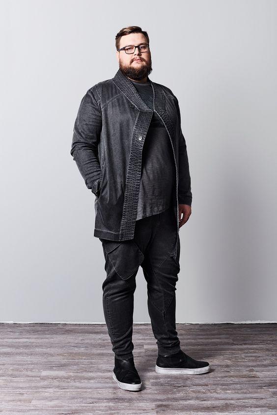 Асимметричная куртка для полных мужчин