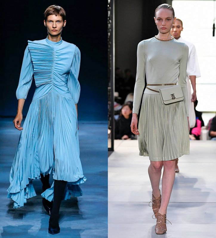 Голубое платье с плиссировко