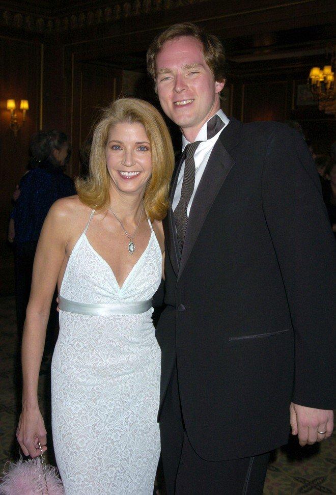 Кендес и Чарльз, 2004